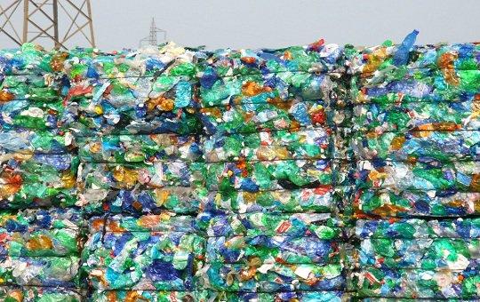 riciclaggio plastica - Riciclaggio plastica, smaltimento plastica e recupero